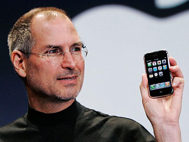 Как развивал свой мозг Стив Джобс?