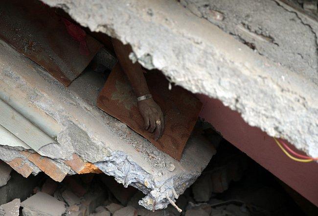 Разрушительное землетрясение в Непале (ФОТО, ВИДЕО)