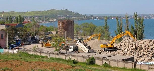 В Крыму начали строительство моста через Керченский пролив