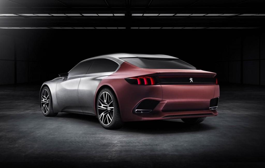 Новый Peugeot 508 снабдят автопилотом ФОТО
