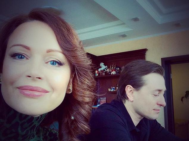 Ирина Безрукова опровергла информацию о разводе с мужем