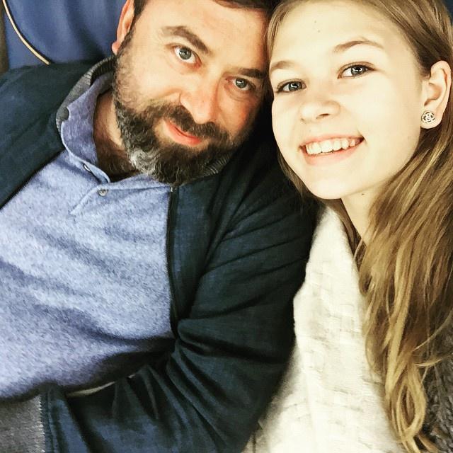 Дочь Веры Брежневой опубликовала снимок с отцом