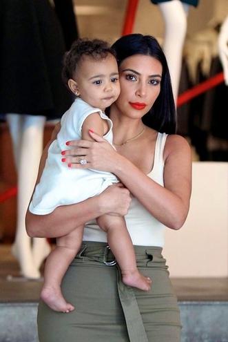Ким Кардашян беременна вторым ребенком