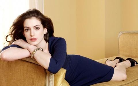 Самые красивые звездные женщины современности