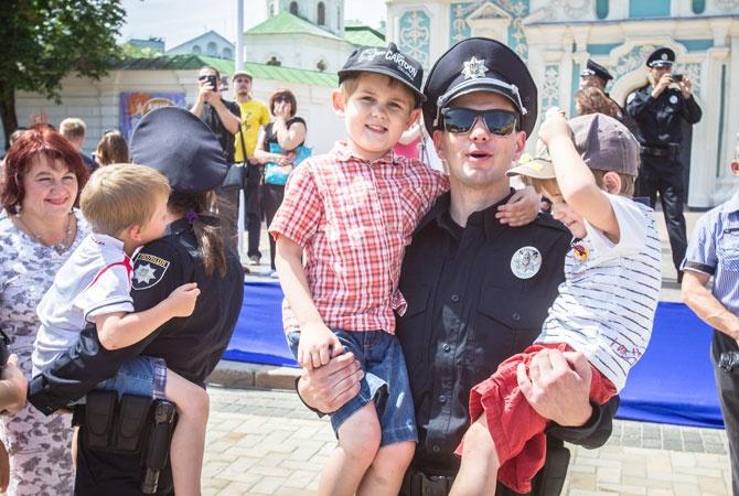 Что могут, что должны и чем вооружены новые полицейские?