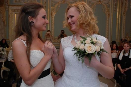 ФОТО: В Киеве зарегистрирован первый нетрадиционный брак