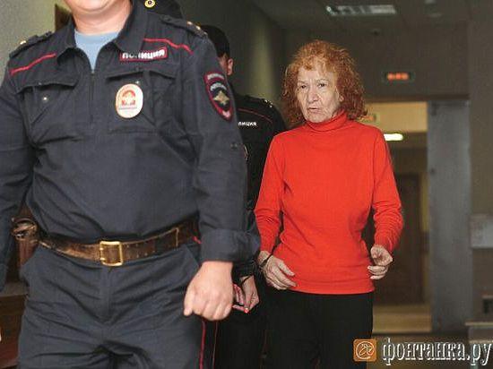 В РФ пенсионерка 20 лет убивала и расчленяла своих жильцов