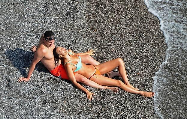 ФОТО: Горячий отдых Брэдли Купера и Ирины Шейк
