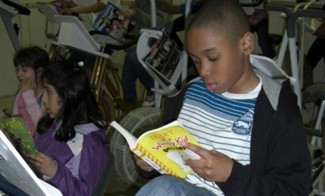 В США придумали гениальный способ заставить детей читать