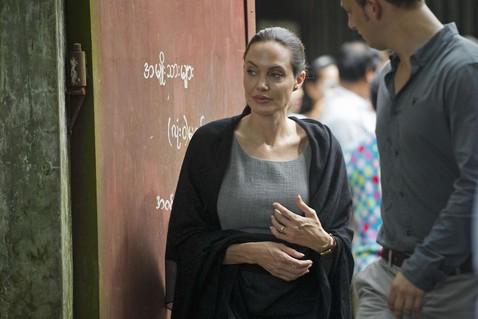 Здоровье Анджелины Джоли внушает опасения