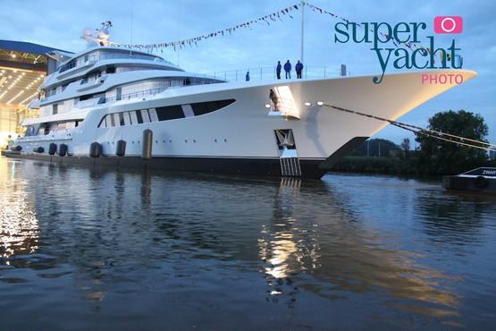 Медведчук купил яхту с лифтом за 180 млн евро (ФОТО, ВИДЕО)