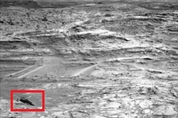 На Марсе уфологи разглядели обломки космического корабля