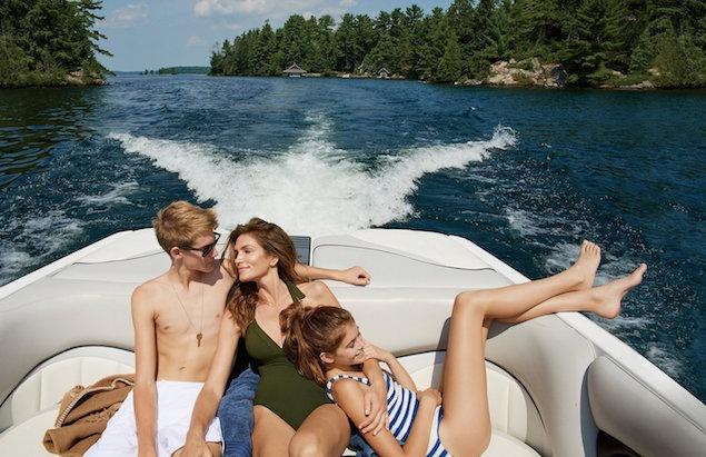 Красивая семья Синди Кроуфорд