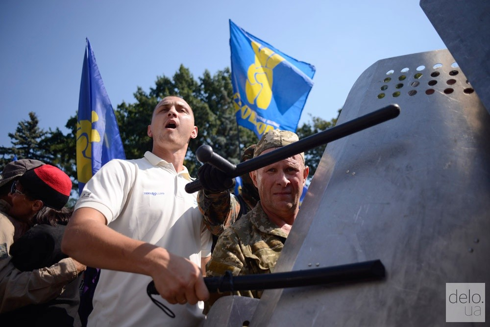 Свобода винит милицию в провокации под Радой