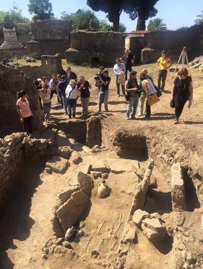 В Помпеях раскопали гробницу доримской эпохи (ФОТО)