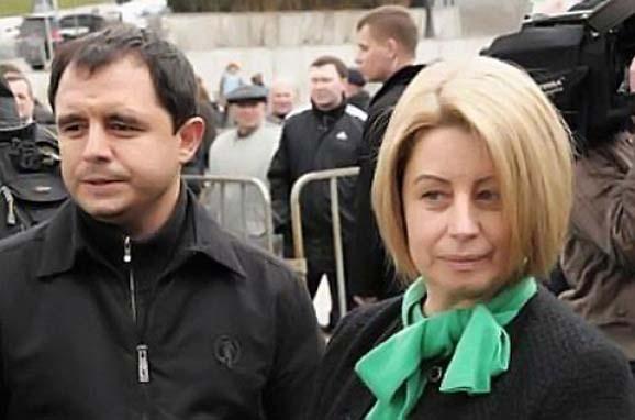 Кривошапко и Ян Табачник были на похоронах сына Анны Герман
