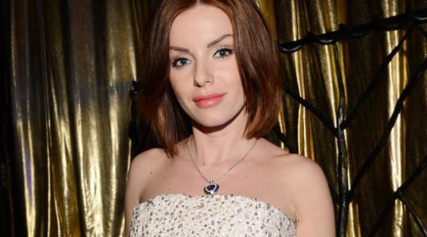 Юлия Волкова возвращается в шоубизнес с новым клипом