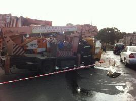 ДТП в Одессе: столкнулись мусоровоз и автовышка, есть жертвы