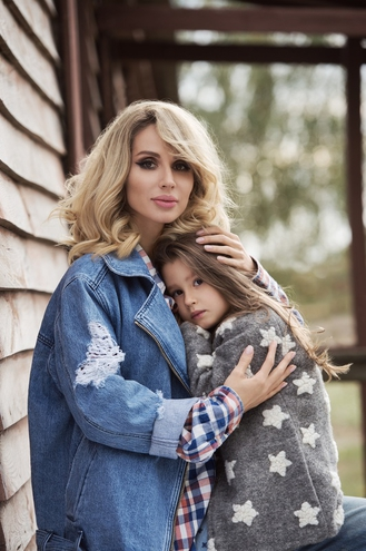Светлана Лобода снялась в фотосессии с дочерью (ФОТО)