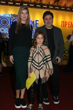 Александр Цекало появился на публике вместе с дочкой (ФОТО)