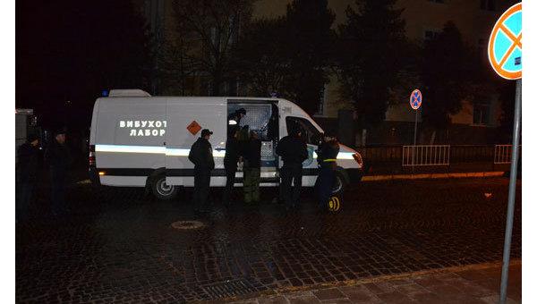 Взрыв в консульстве Польши во Львове (ФОТО)