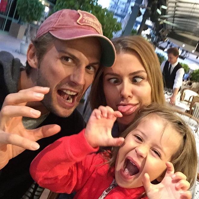 Виктория Боня показала мужа и дочь (ФОТО)