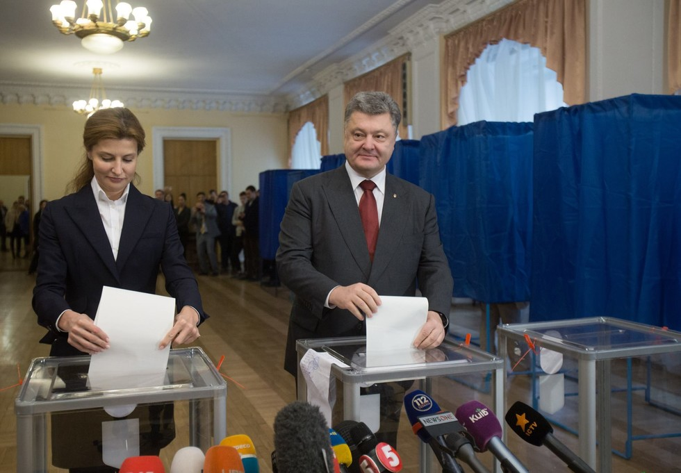 Неприятный конфликт на селективном отделе Порошенко