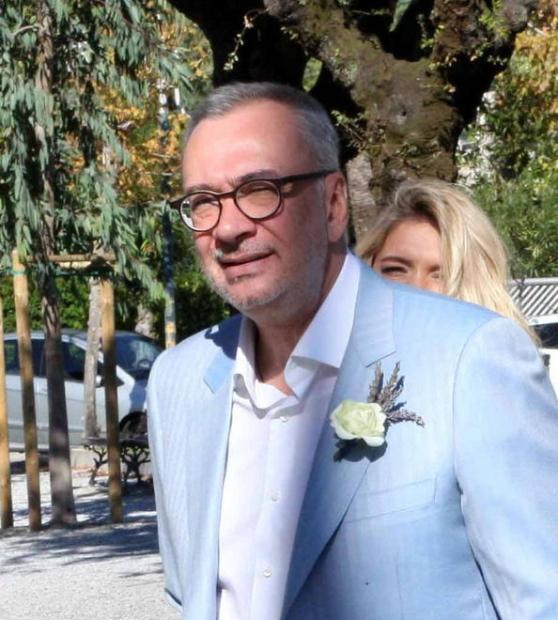 Пресс-служба Брежневой доказала ее свадьбу с Меладзе