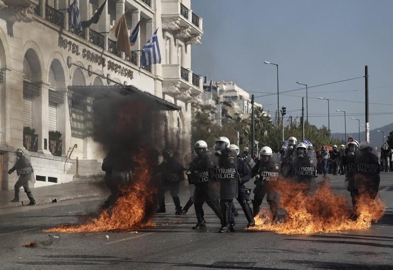 Фото: Волнения в Афинах