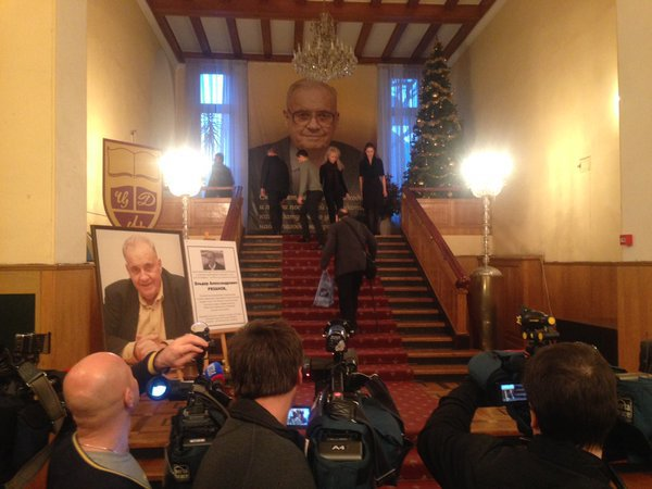 В городе Москва вели Эльдара Рязанова рукоплесканиями (ФОТО)