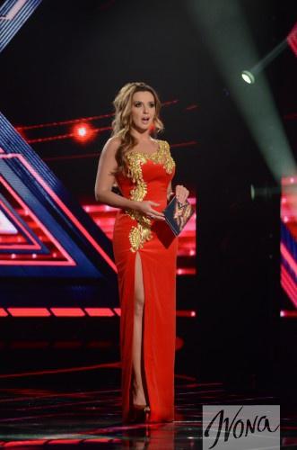 ФОТО: Финал Х-фактор 6: Марченко надела яркое красное платье