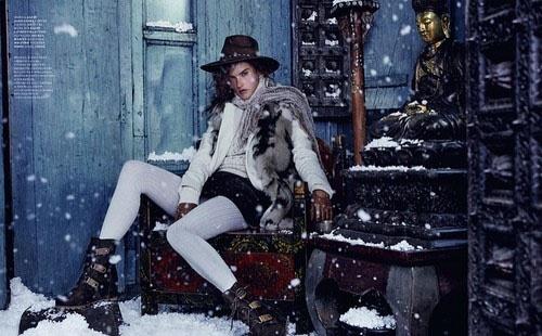 Алессандра Амбросио в зимних образах (ФОТО)