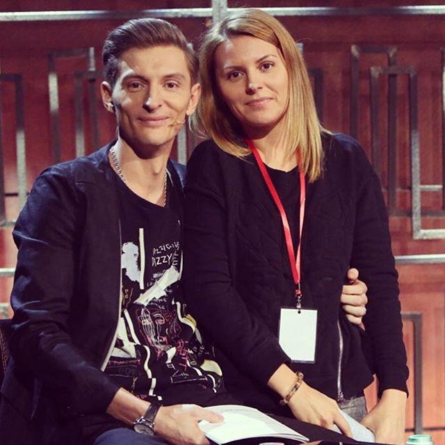 Олег Свобода в первый раз продемонстрировал собственную сестру (ФОТО)