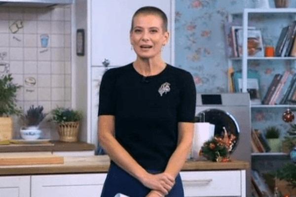 Юлия Высоцкая шокировала лысой головой (фото)