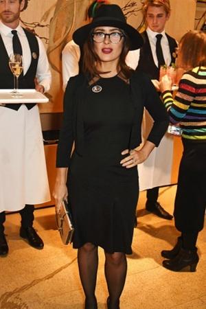 Сальма Хайек покоряет изысканным стилем (ФОТО)