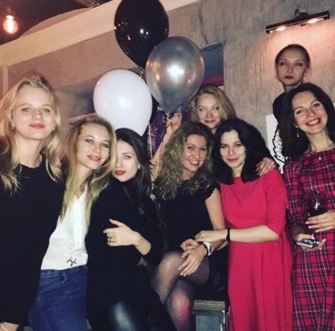 Светлана Ходченкова отпраздновала 33-летие (ФОТО)