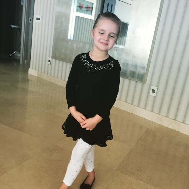 Игрушкаёва продемонстрировала собственную трехлетнюю внучку (ФОТО)