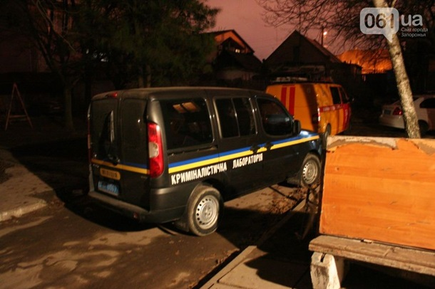 Фото: Пальба в Запорожье: из гранатомета обстрелен дом