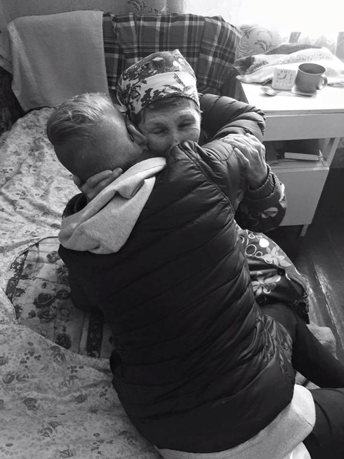 Ученик из Швеции отыскал собственную повитуху под Полтавой