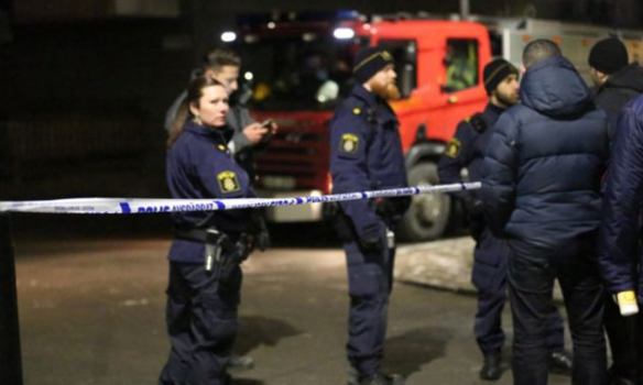 Взрыв в турецком цивилизованном центре в Швеции (ВИДЕО)