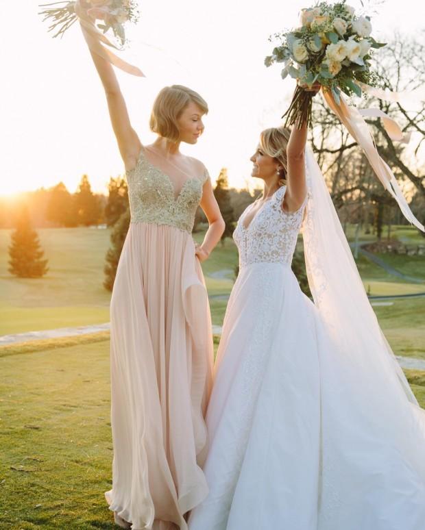 Тейлор Свифт в первый раз стала дружкой на свадьбе подружки (ФОТО)