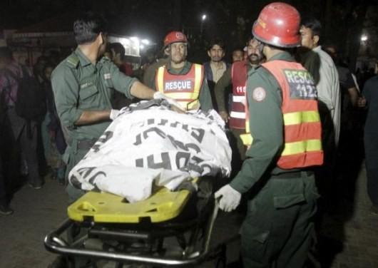 Теракт в Пакистане: Количество погибших возросло до 69 чел.