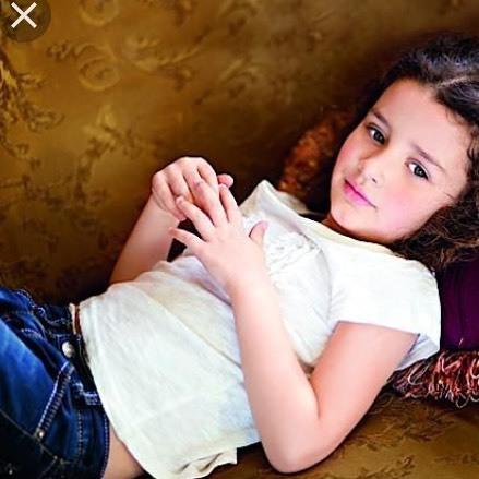 Анастасия Приходько в первый раз продемонстрировала собственную дочь аудитории