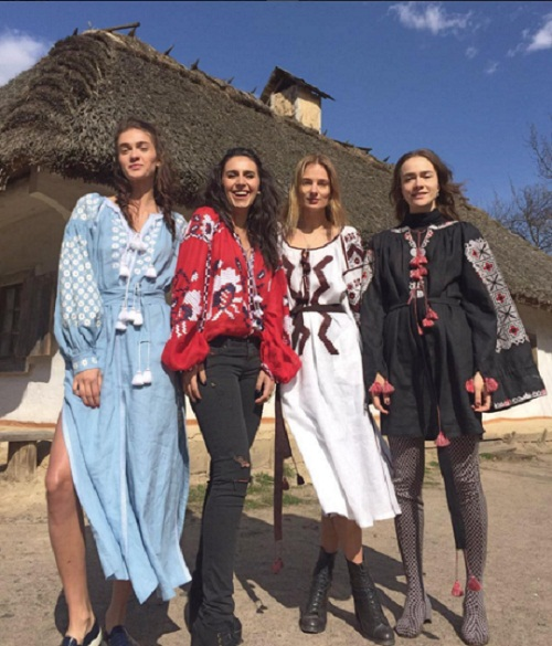 Топ-15 знаменитых украинок в вышиванках (фото)