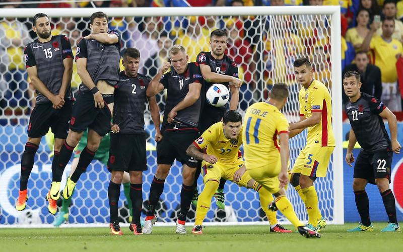 Евро-2016: Франция и Германия выходят из компании А