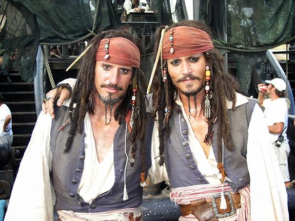 Известные актеры со своими дублерами (ФОТО)