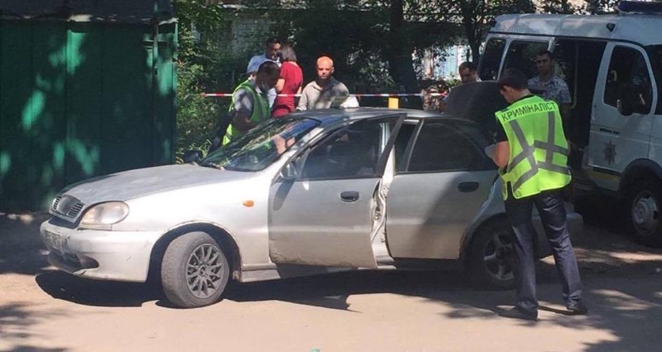 В Харькове зарезали водителя такси (ФОТО, ВИДЕО)