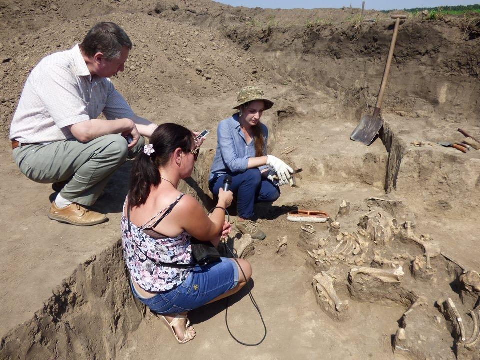 На Полтавщине нашли скифское золото и амфоры (ФОТО, ВИДЕО)