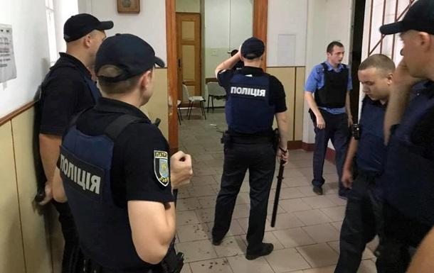 Штурм психбольницы Львова: маньяк и 76 заложников (ВИДЕО)