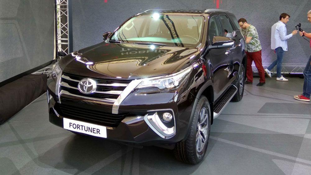 Toyota начинает продажи нового внедорожника (ФОТО, ВИДЕО)